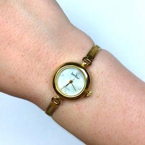 Vintage gold tone rhinestone watch quartz Japan